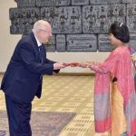 राजदूत शाक्यद्वारा इजरायली राष्ट्रपति समक्ष ओहोदाको प्रमाणपत्र पेश इजरायल
