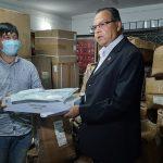 वरिष्ठ नेता झलनाथ खनालद्वारा स्वास्थ्य सामग्री वितरण